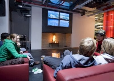 cube savognin chill out lounge flatscreen open fire place